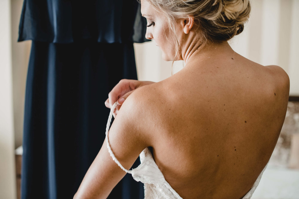 engle-olson-arika-kyle-wedding-17.jpg