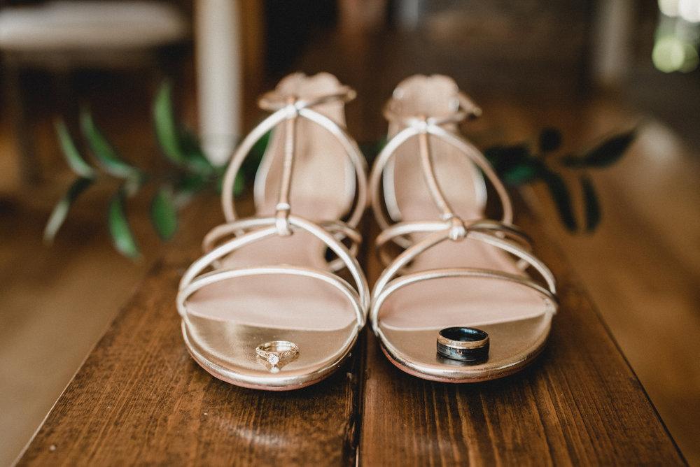 engle-olson-emily-skyler-mn-wedding-6.jpg