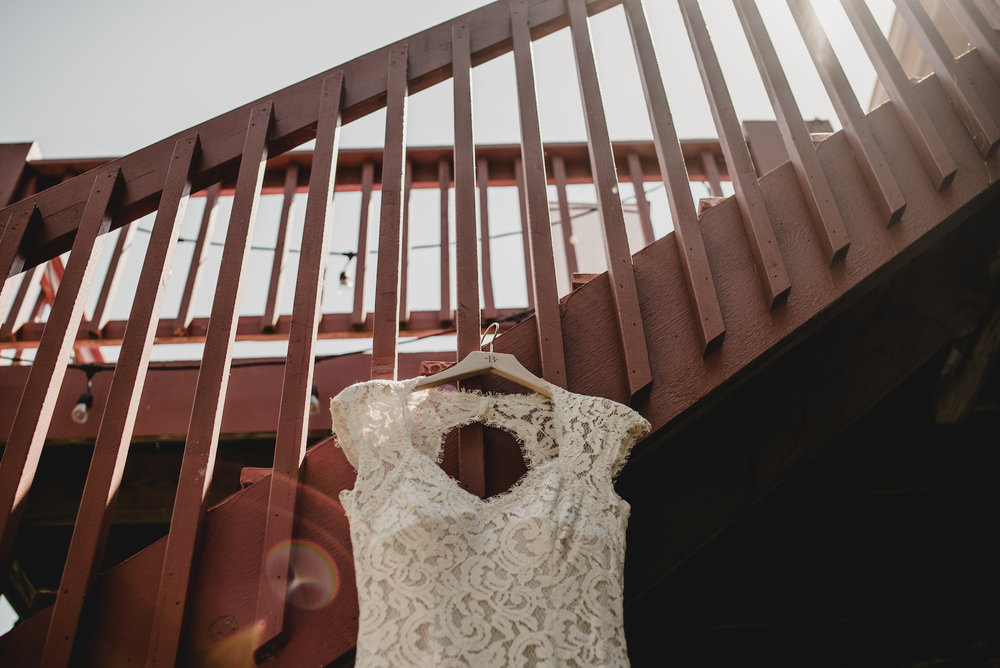 engle-olson-emily-skyler-mn-wedding-5.jpg