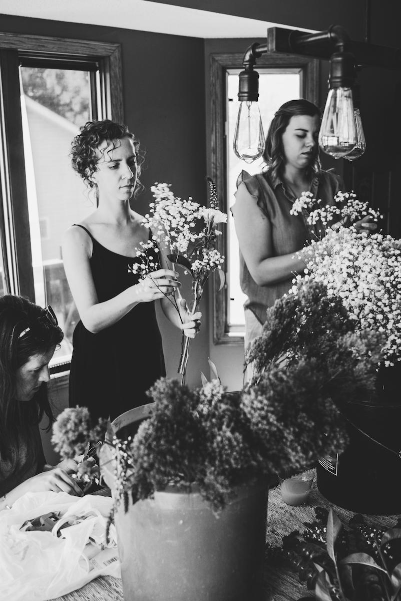engle-olson-emily-skyler-mn-wedding-9.jpg
