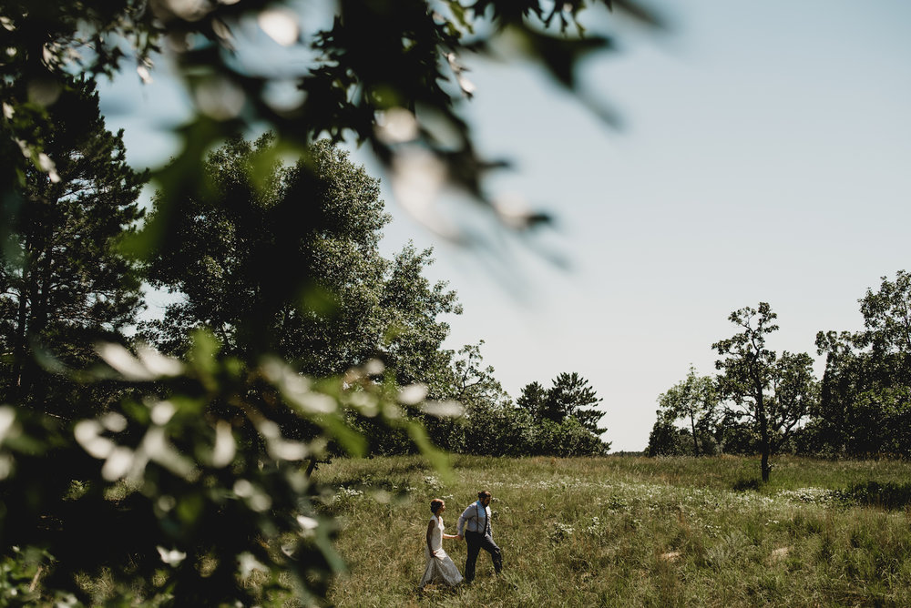 engle-olson-emily-skyler-mn-wedding-24.jpg