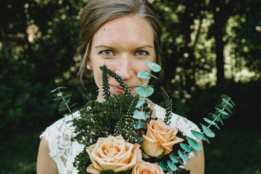 engle-olson-emily-skyler-mn-wedding-31.jpg