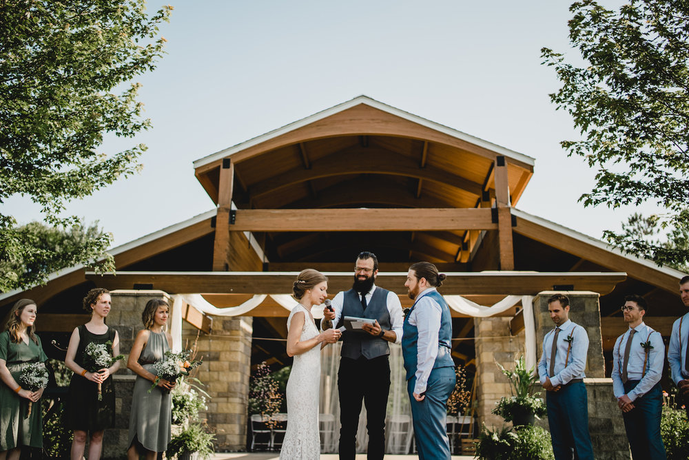 engle-olson-emily-skyler-mn-wedding-40.jpg