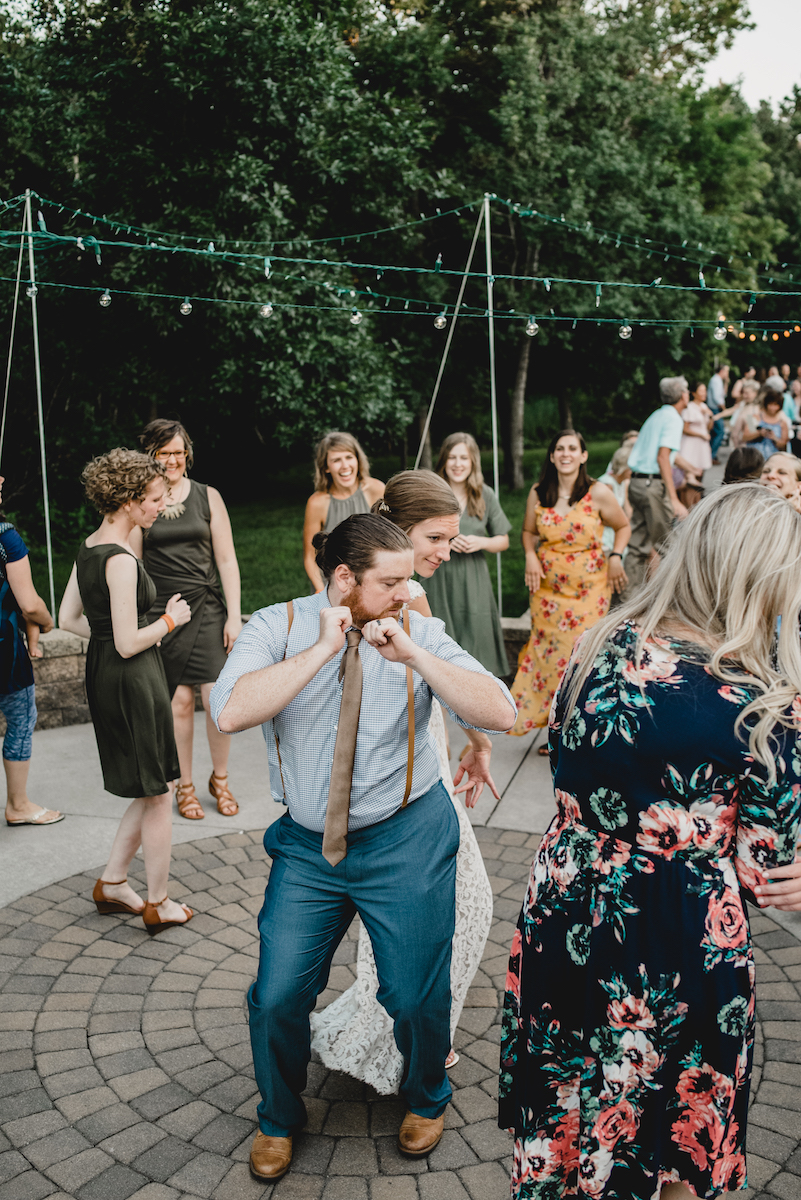 engle-olson-emily-skyler-mn-wedding-50.jpg