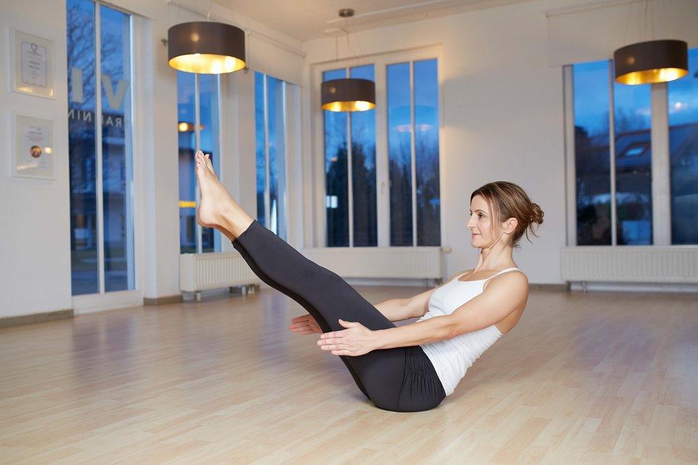 viva_claudia21299_Pilates_Yoga_Boot_S2.jpg