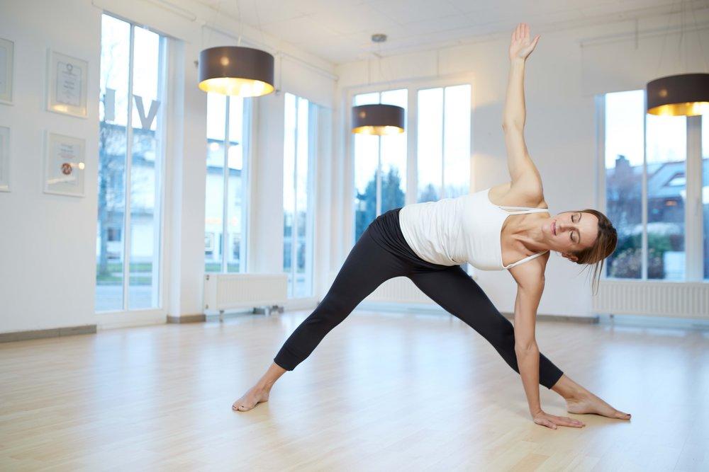 viva_claudia21084_Yoga_Dreieck_S3.jpg