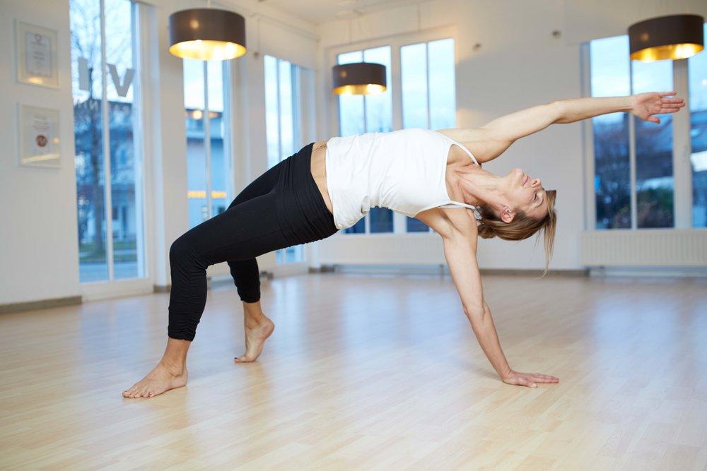 viva_claudia21188-Yoga_WildThing_S3.jpg