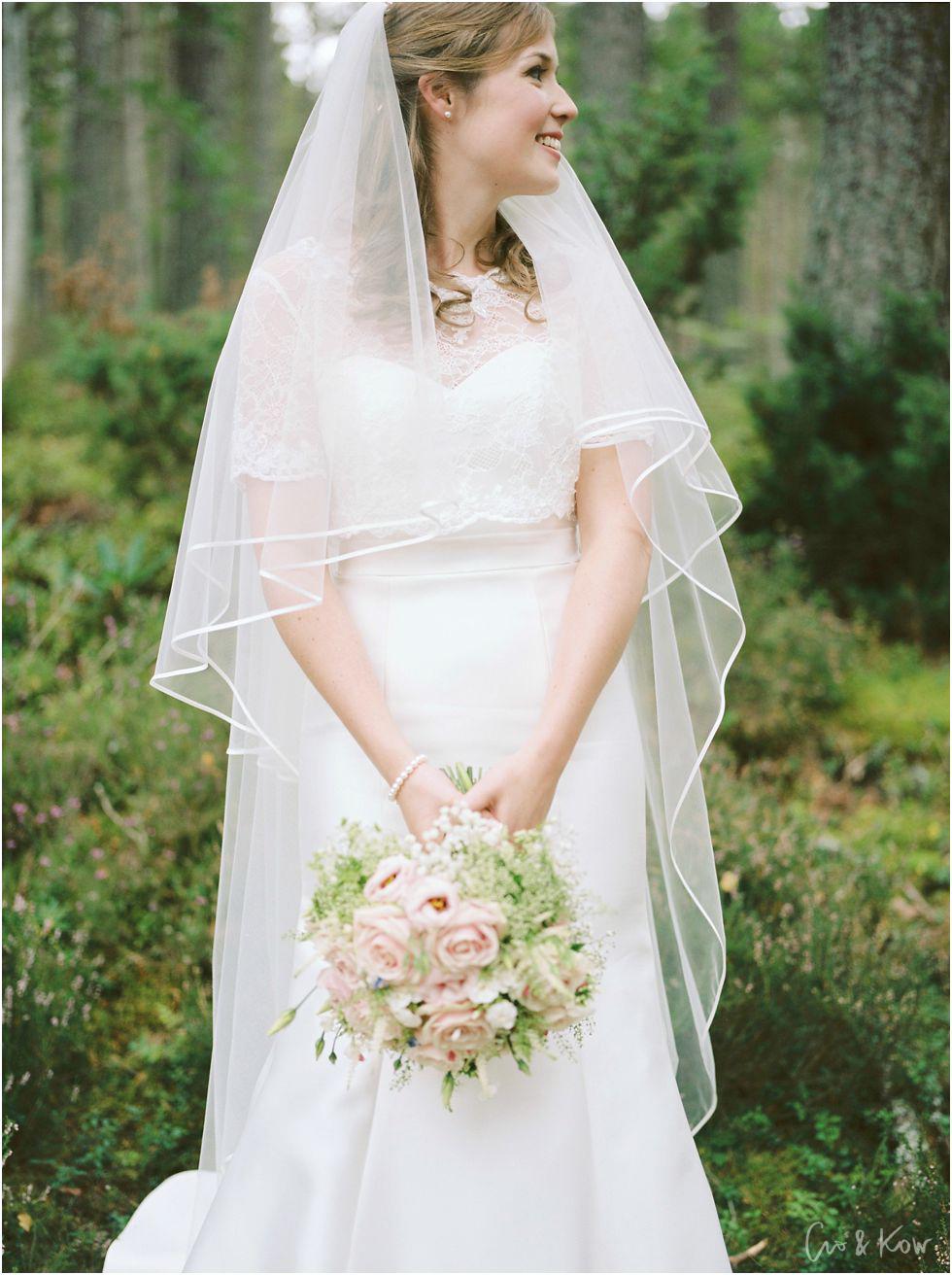 Sally-and-James-wedding-photography-Glen-Tanar-14.jpg