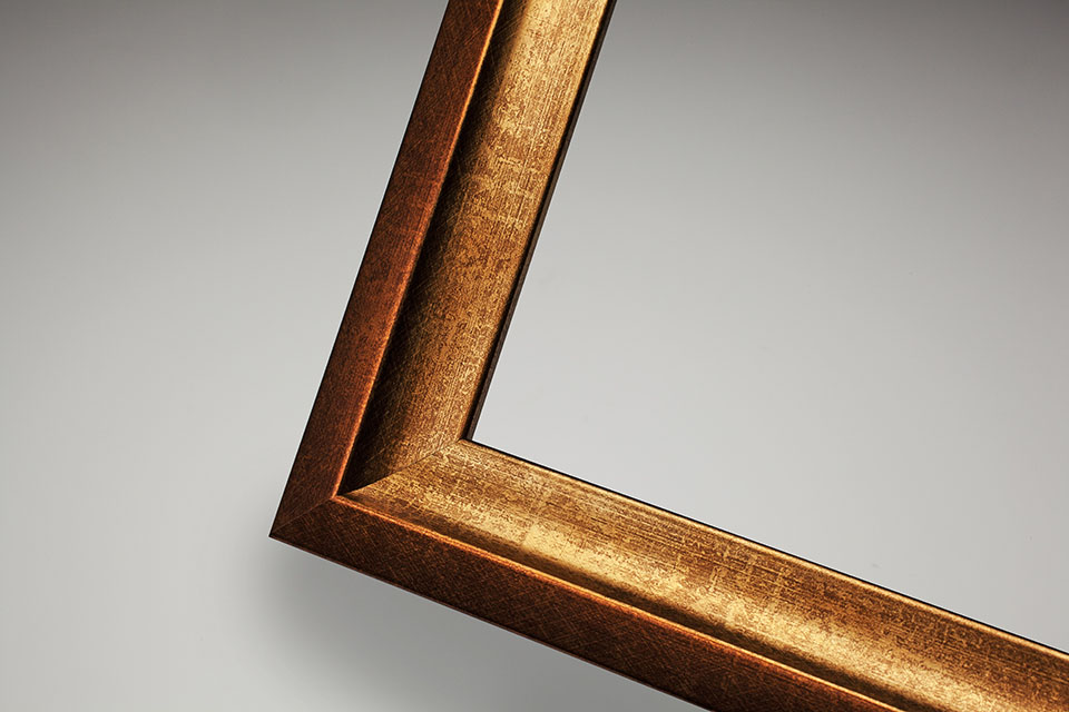 Culzean frame in brass-bronze distressed finish