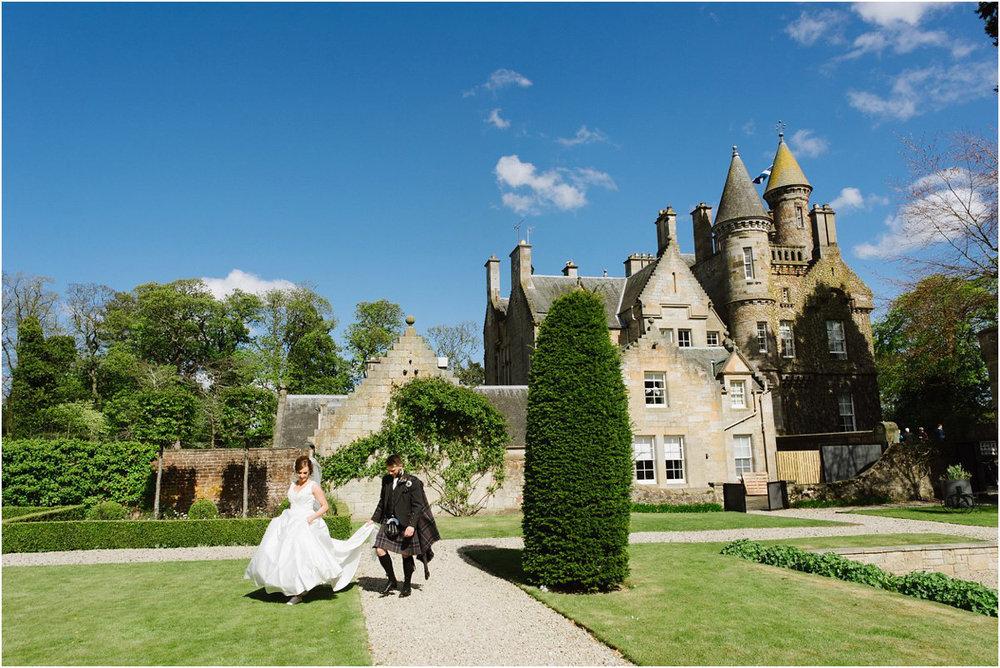 Carlowrie Castle Wedding by Crofts & Kowalczyk Photography