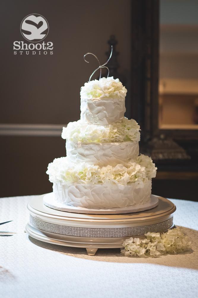columbus wedding cake