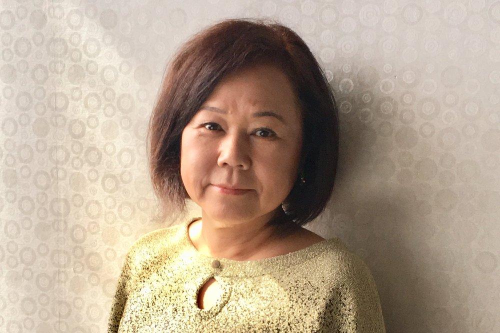 MICHIYO (SUYO) NAKAMURA  20 year experience in Ikebana (Japanese flower arrangement) of Sogetsu School.