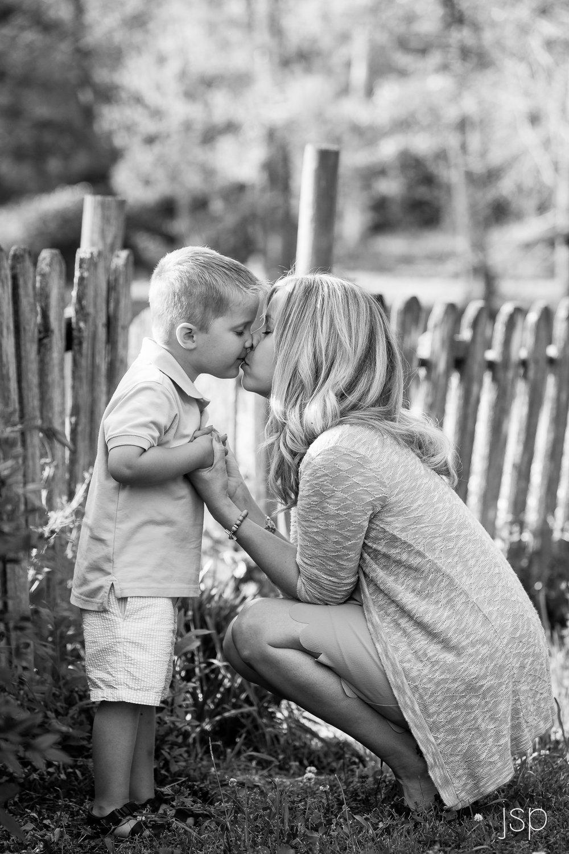 boy-kiss-mom-apr16.jpg