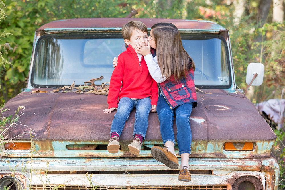girl-kiss-boy-on-truck-nov16.jpg