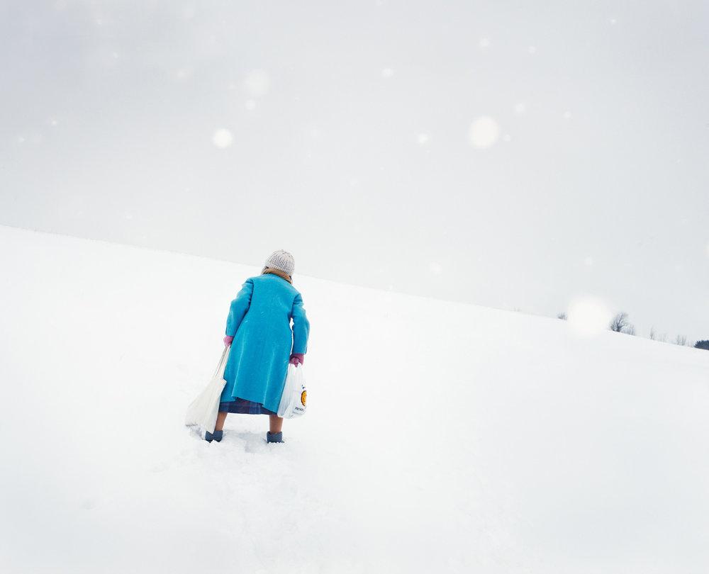 r10cmyk_bright_coat_iutby_hamada.jpg