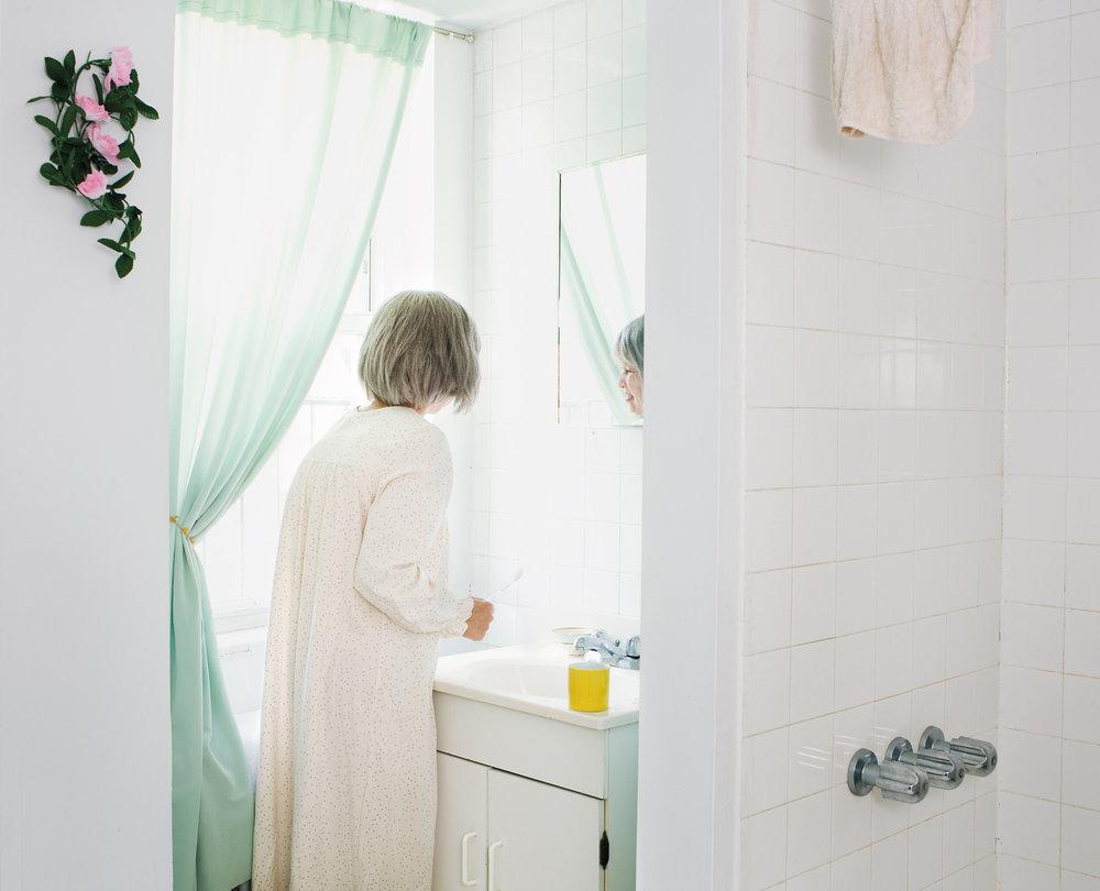 r15cmyk_morning_mirror_iutby_hamada_dupe.jpg