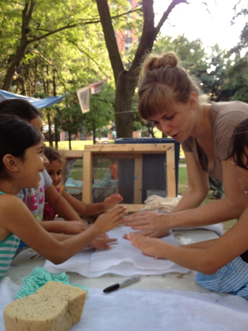 PARK_12_Paper Making_Sonja and girls.jpg