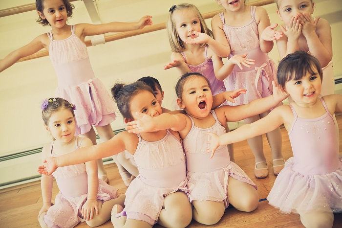 Music & Motion - The class is for 3-4 years old children.Time: 2:30-2:50.Location: This class will take place in Studio A.