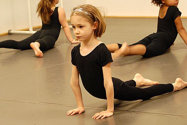 Jr. Jazz  - The class is for 5+ years old children.Time: 10:30-10:50.Location: This class will take place in Studio A.