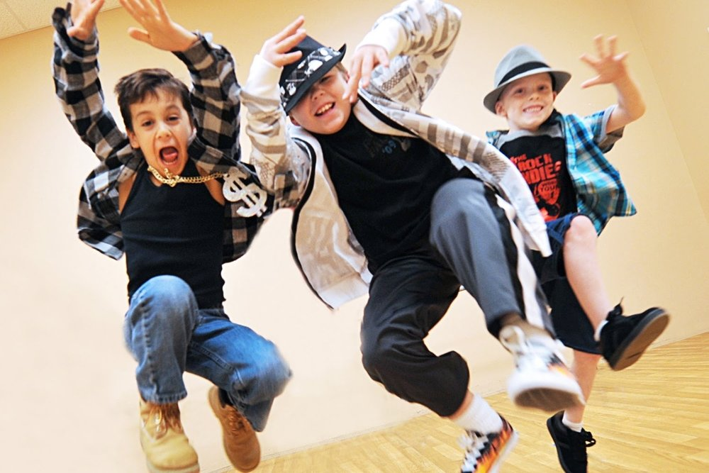 Hippity Hop - The class for 5+ year old children.Time: 12:00-12:20.Location: This class will take place in Studio B.