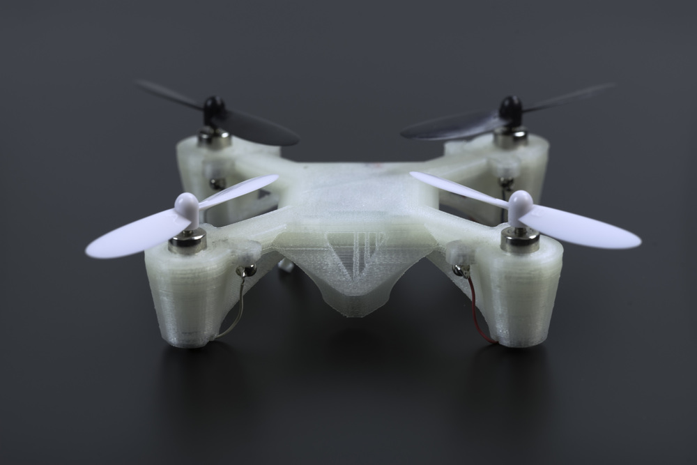 A FUNCTIONAL QUADCOPTEr CREATED WITH THE VOXEL8 DEVELOPER'S KIT 3D PRINTER