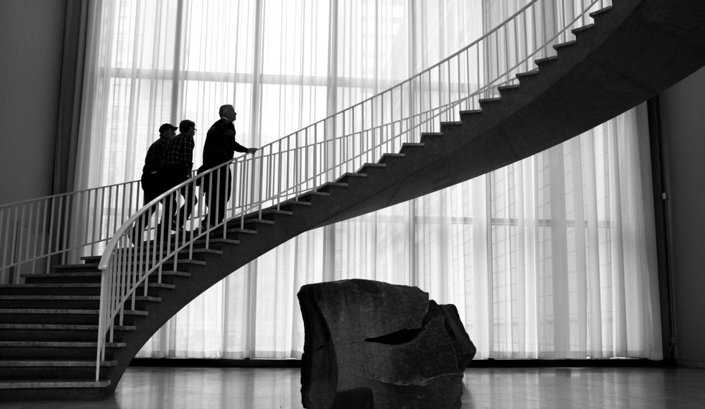 One of the first times I took a short vacation with only one camera and one lens was to Chicago. Normally I take a bag full of cameras and lenses - you know -just in case? But this time I took only a Fuji X100 with a fixed 23mm f2 (35mm equivalent) and it was an exhilarating experience. Unencumbered by big multiple DSLR cameras and lenses, I felt I could walk all day, shoot and get the pictures I wanted. This experience sold me on the merits of the small, discreet Fuji X series rangefinder type gear.