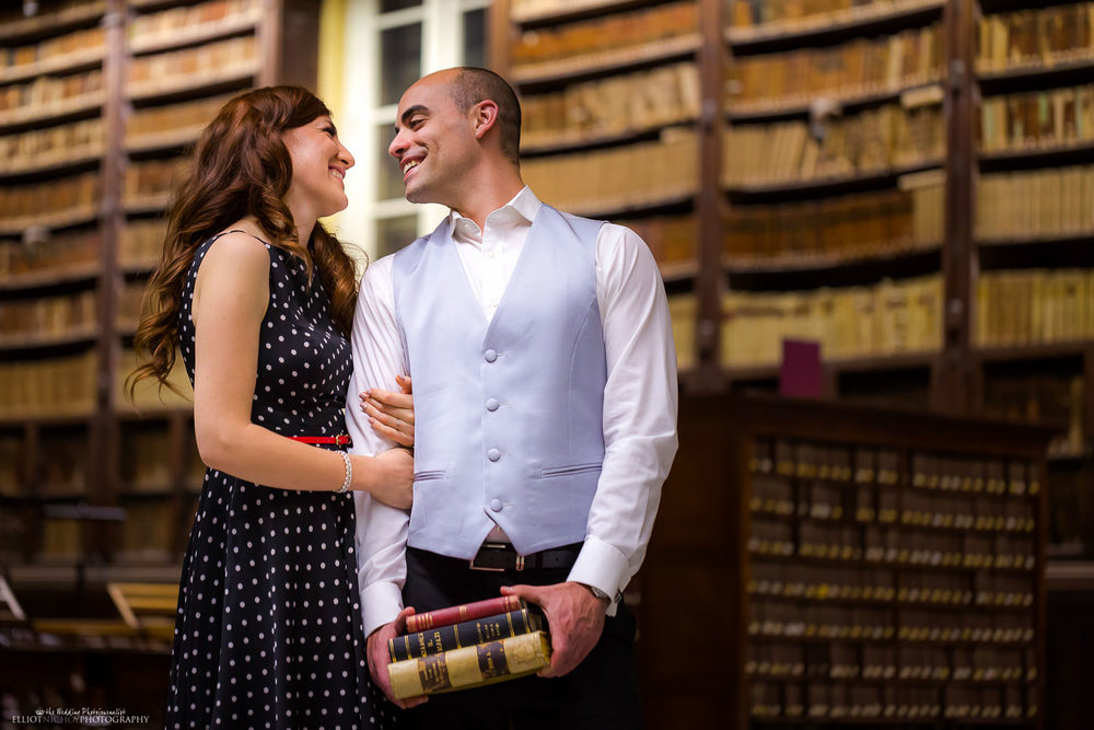 couple in the national library in love valletta malta