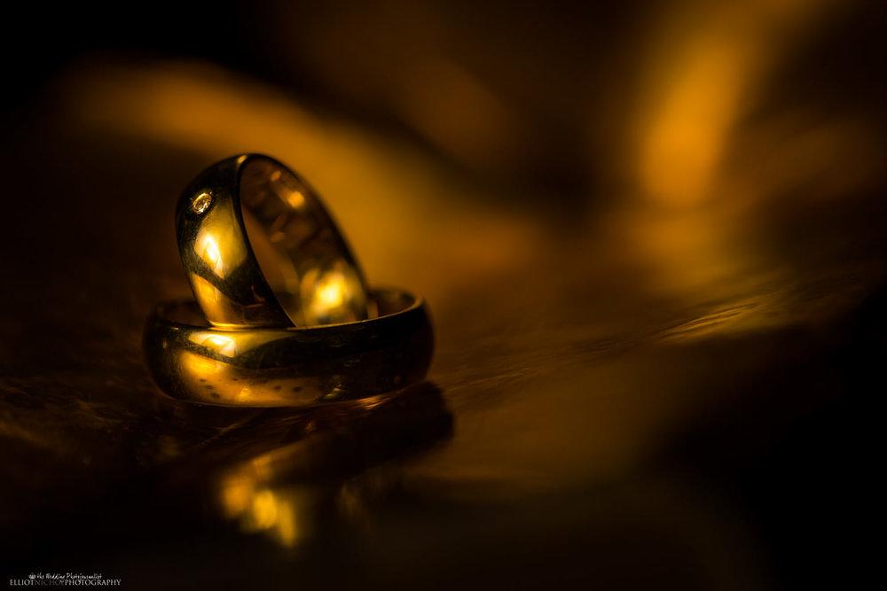 wedding rings golden gold diamond detail
