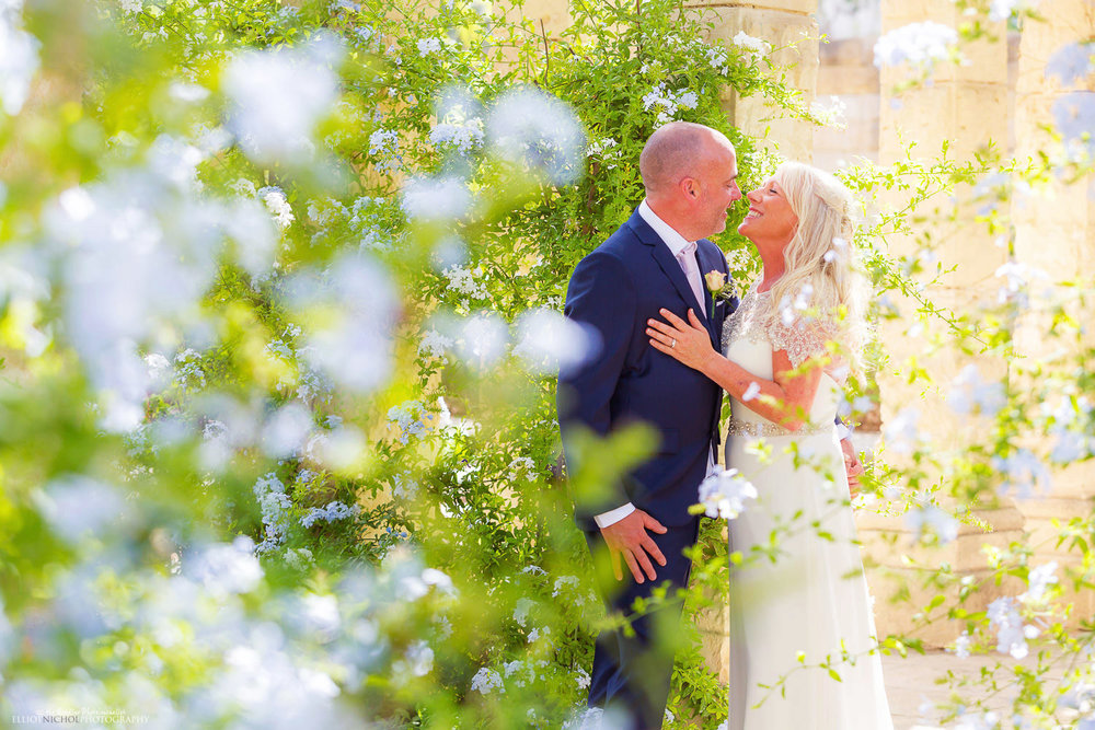 Newlyweds in the gardens of the Villa Bologna, Attard, malta