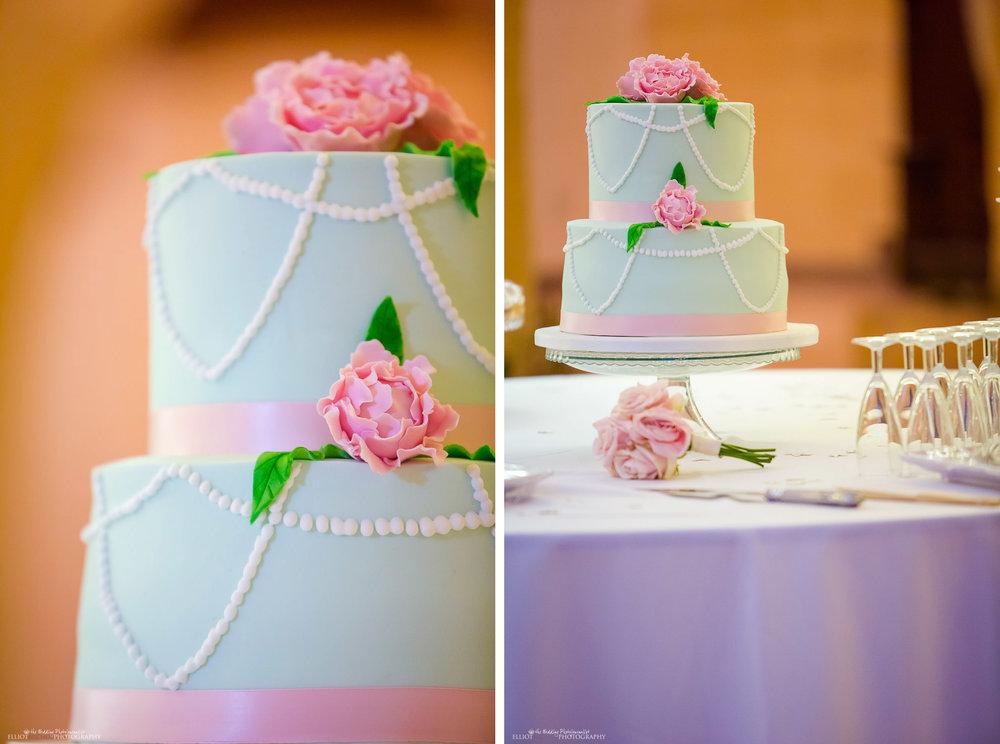 Pink rose wedding cake detail