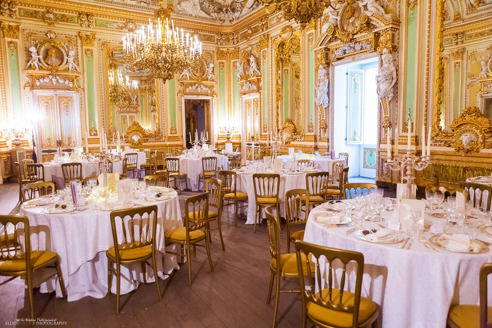 wedding reception sitdown meal setup at the Palazzo Parisio, Naxxar in Malta