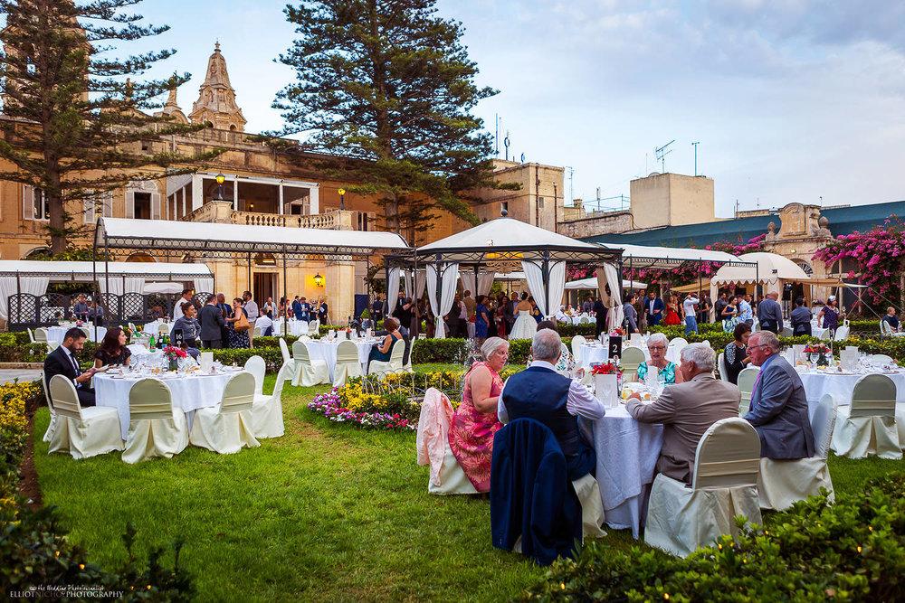 Evening garden wedding at the wedding venue Palazzo Parisio in Malta.
