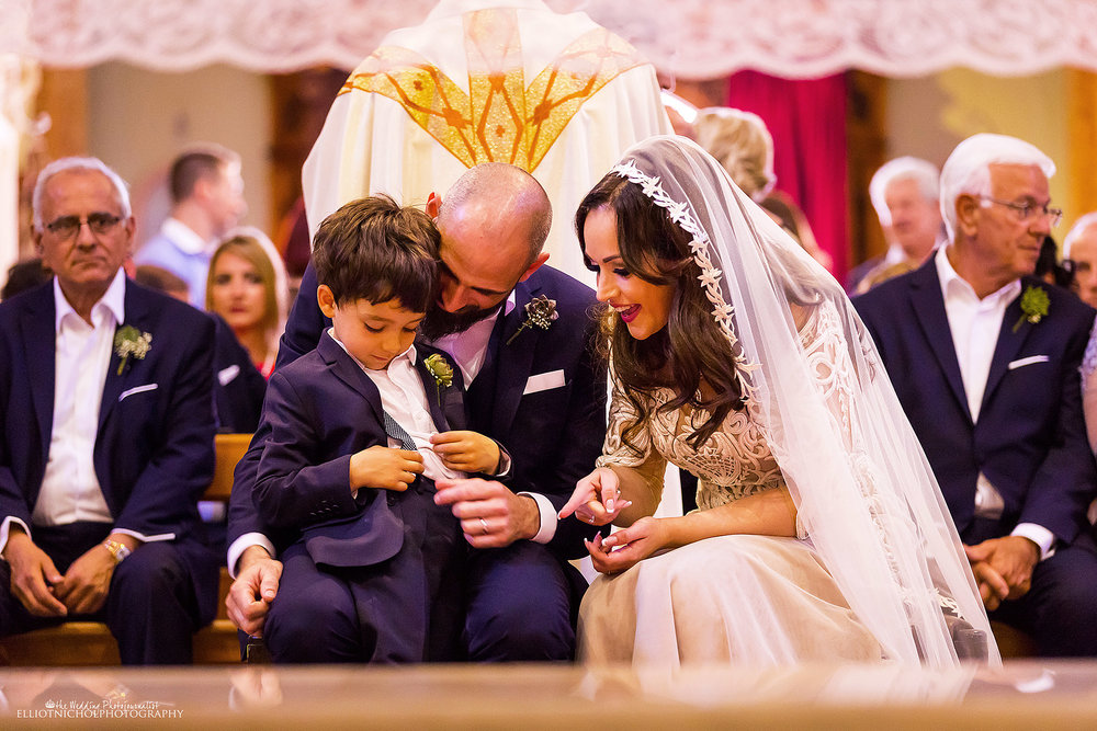 wedding-ceremony-bride-groom-pageboy