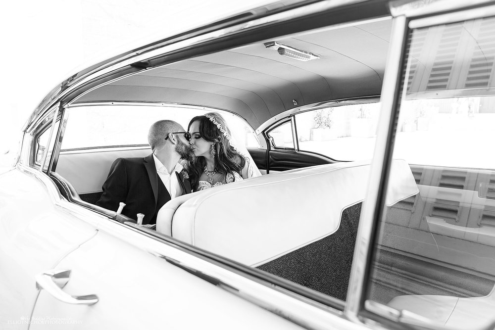 bride-groom-cadallic-vintage-car-wedding