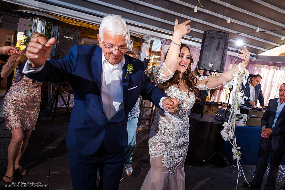 father-daughter-bride-wedding-reception-dance