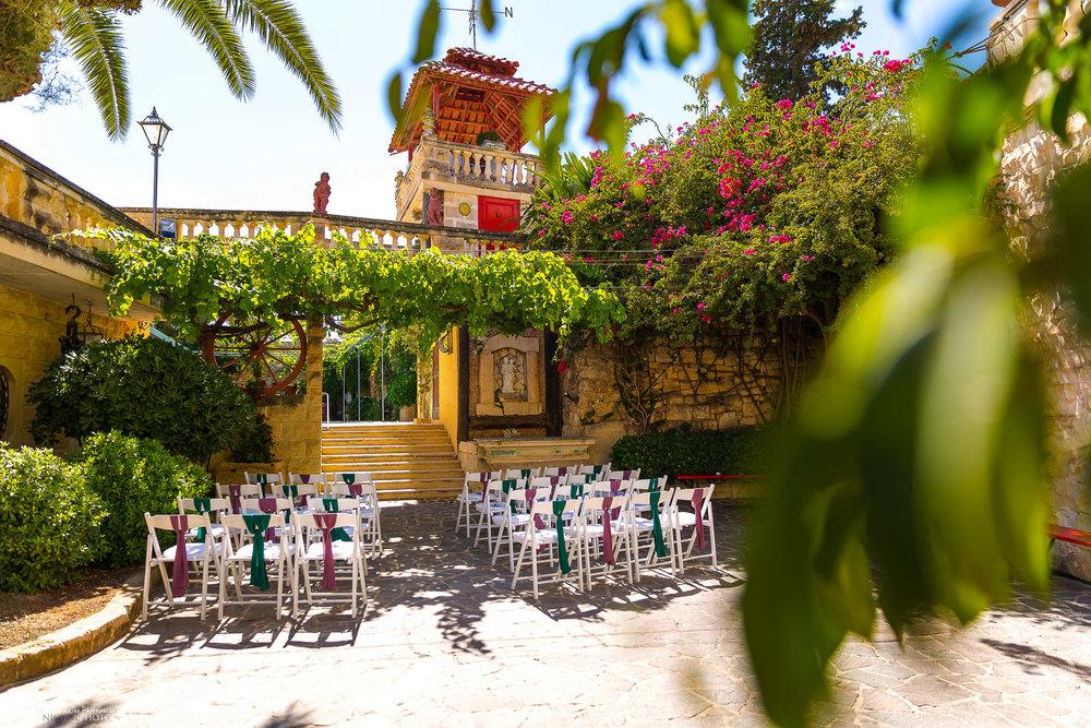 wedding-ceremony-setup-destination-wedding-Malta-Razzett-photographer