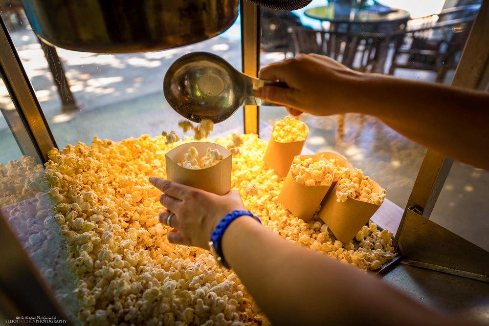 weddings-popcorn-movie-themed-film-wedding-photography