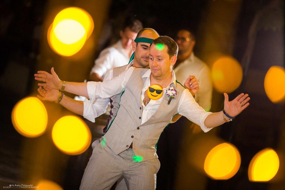 groom-wedding-reception-party-dancing-dancefloor