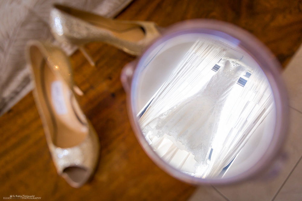 wedding-dress-shoes-brides-bride-creative-photography