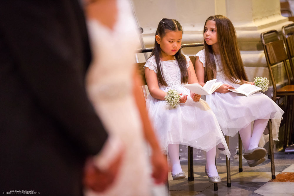 wedding-ceremony-church-flower-girls