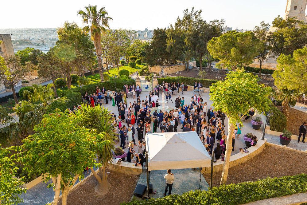 Phoenicia-hotel-garden-wedding-reception-destination-photography