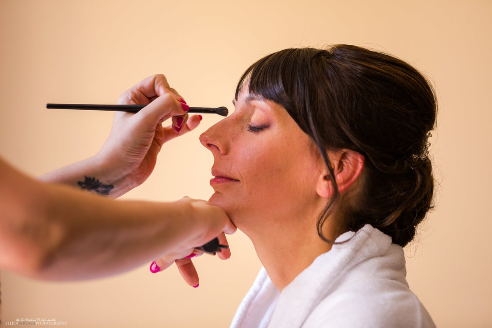 Bride-wedding-makeup-day-photography-North-East-photographer