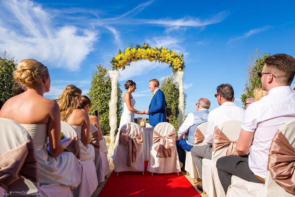 destination-mediterranean- wedding-ceremony