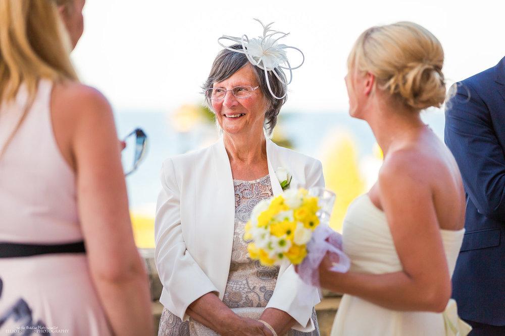 wedding-guests-destination-photography-sea