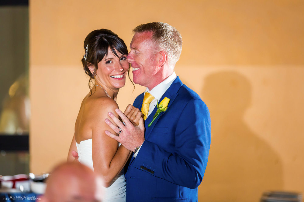 bride-groom-dancing-destination-photography