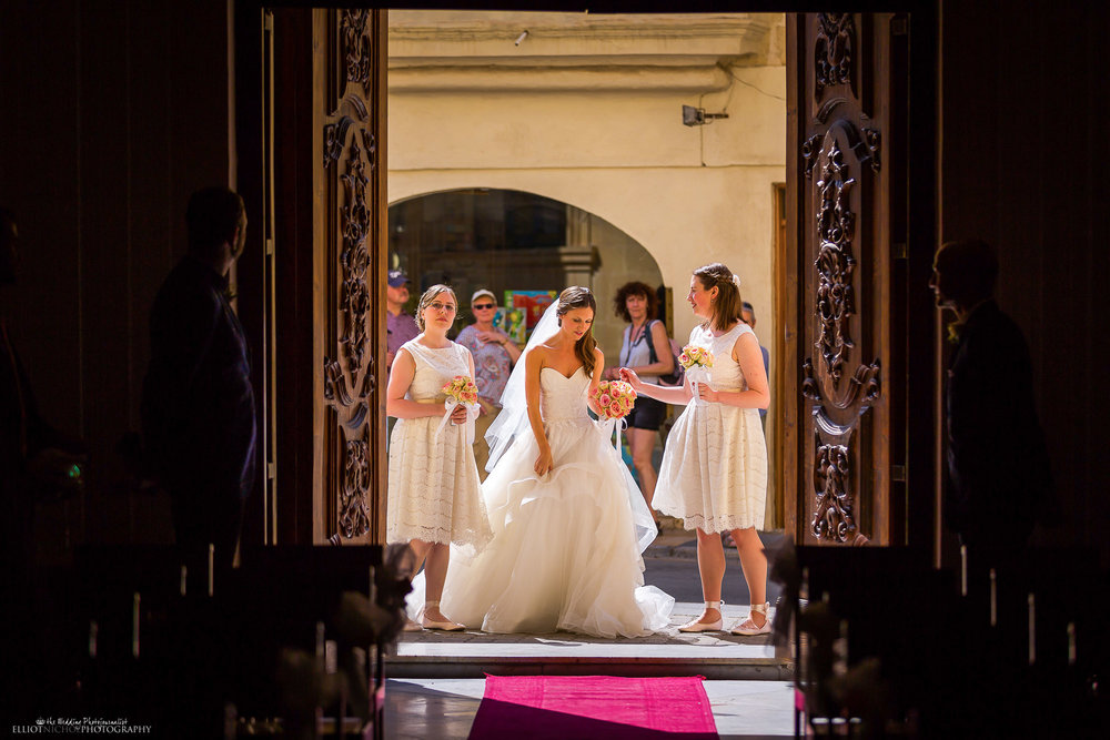 bride-bridesmaids-church-procession-destination-wedding-photography