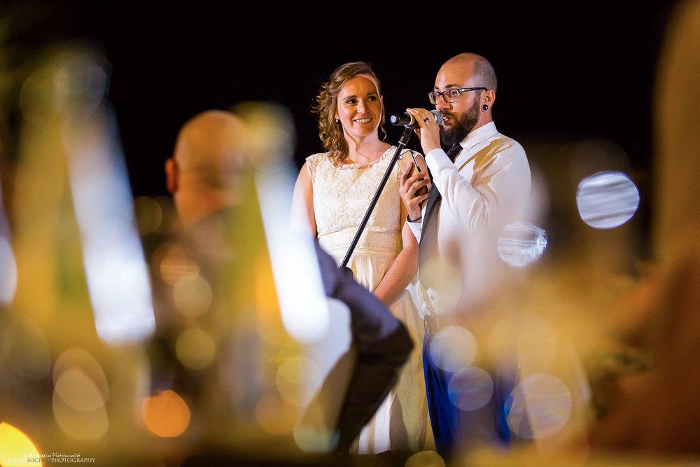 bride-groom-wedding-speech-reception-photography