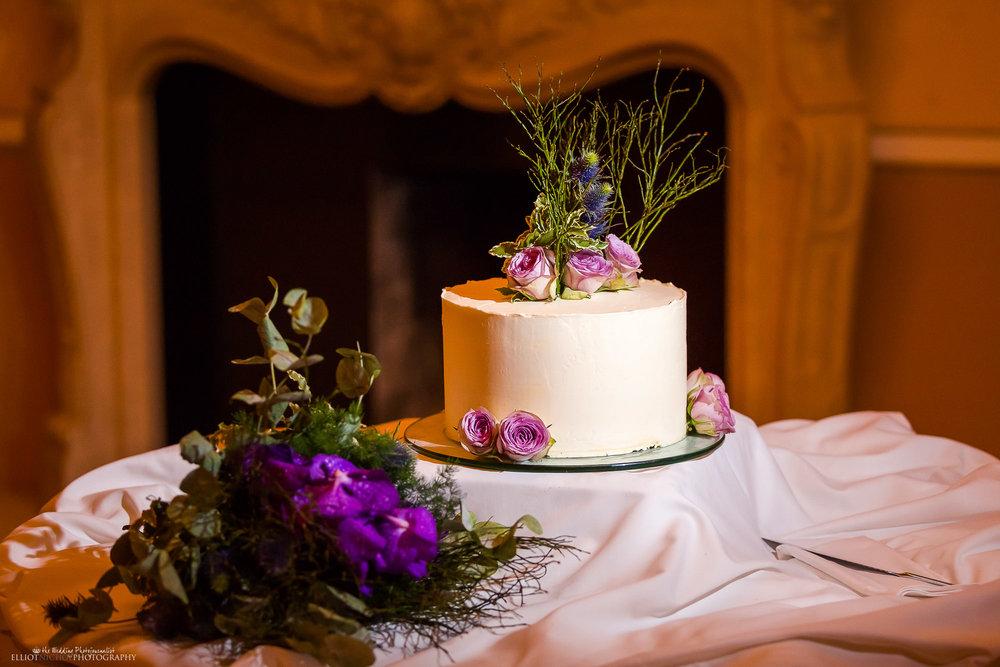 wedding-cake-photography-decor-Northeast-photographer