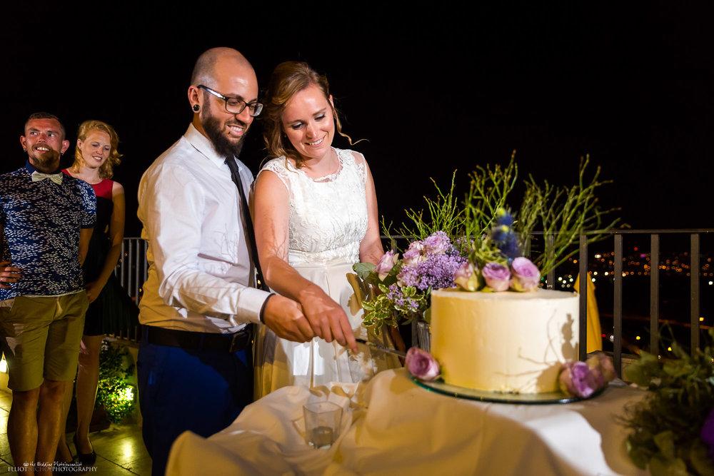 wedding-cake-cut-reception-photography