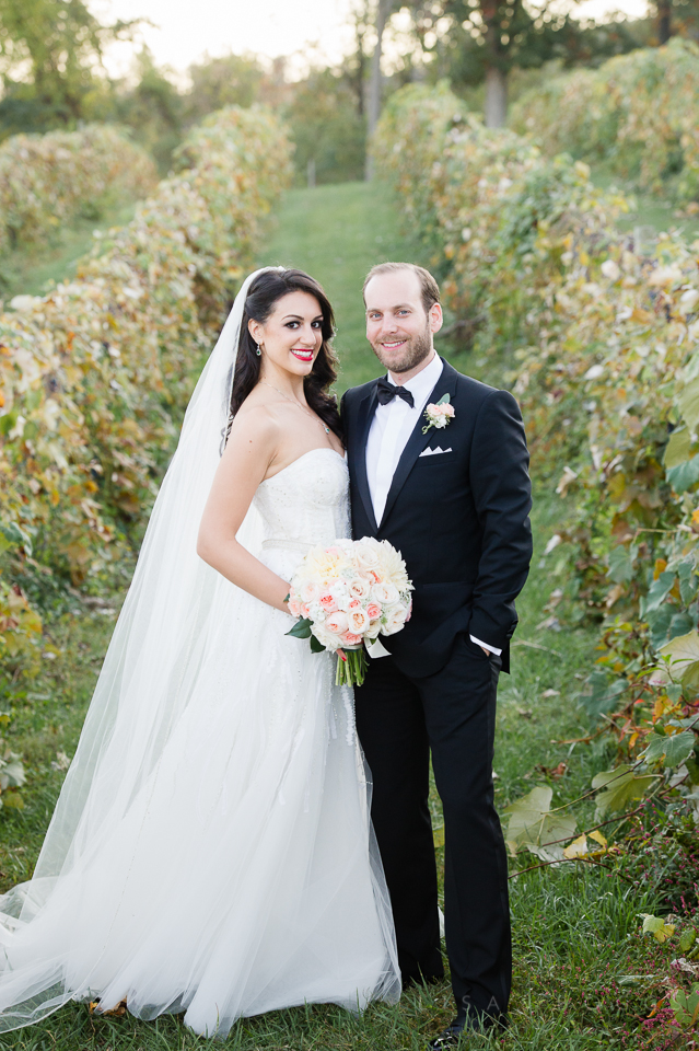 g&d_persian_bluemont_vineyard_wedding_030